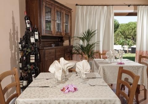 012_restaurant.jpg